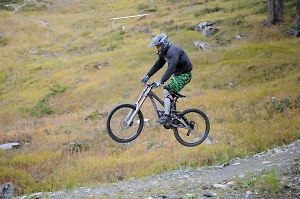 guided downhill riding in the swiss alps resorts