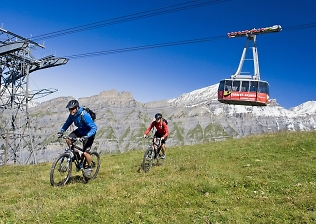 riding the torrent lift in leukerbad on the valais tour