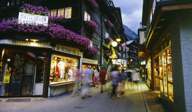 Evenings in Zermatt's romantic, car-free streets